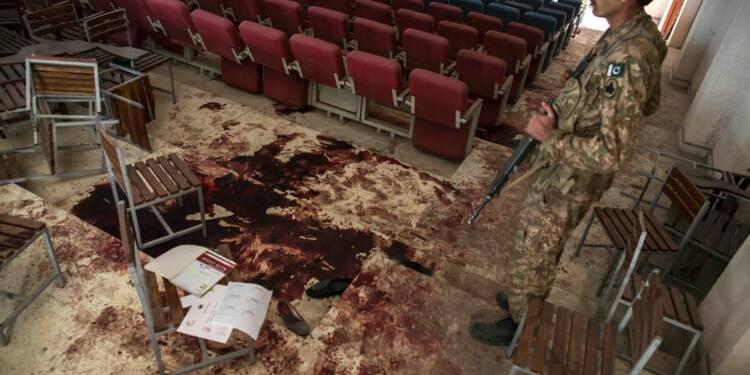 Le Pakistan en deuil, la peine capitale rétablie