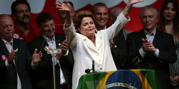 Dilma Rousseff réélue de justesse à la tête du Brésil