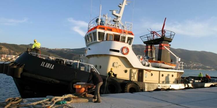 Deux marins albanais tués en remorquant le ferry incendié