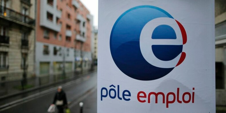 """Pas de """"solution magique"""" contre le chômage, déclare Hollande"""