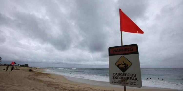 Un ouragan et une tempête tropicale se dirigent vers Hawaï