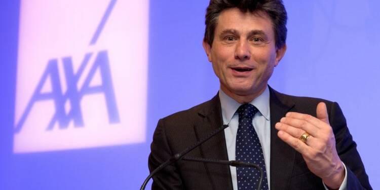Axa confiant pour ses objectifs 2015, augmente son dividende