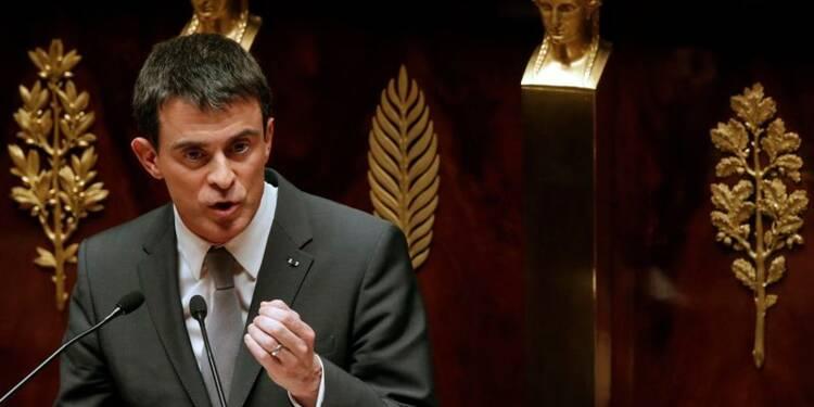 """Manuel Valls veut """"déchirer le voile"""" sur le Front national"""