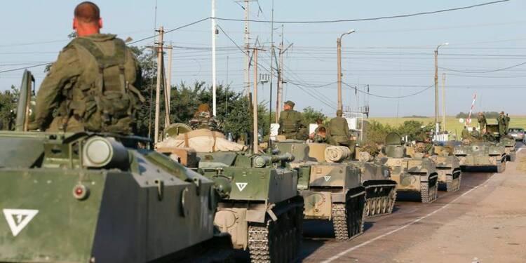 Des blindés russes détruits en Ukraine, selon Porochenko