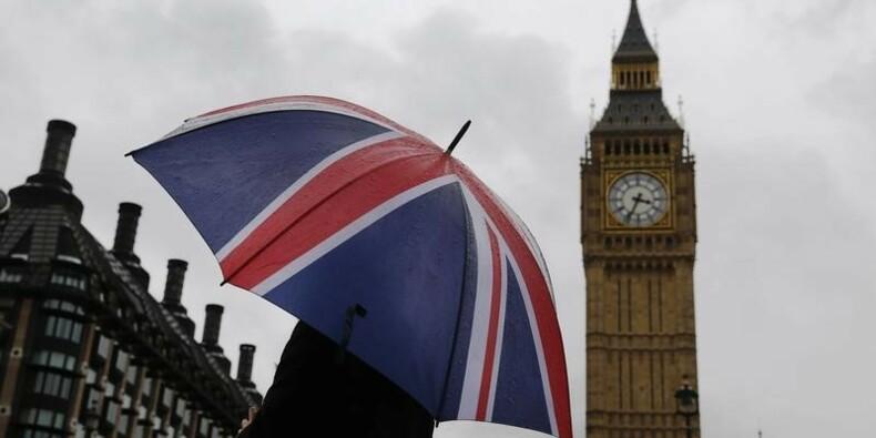 """Londres veut taxer les """"profits détournés"""" des multinationales"""