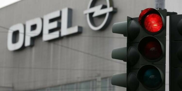 Le retour d'Opel à la rentabilité en 2016 loin d'être acquis