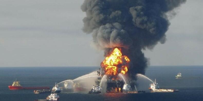 """BP taxé de """"négligence grossière"""" dans le dossier Deepwater"""