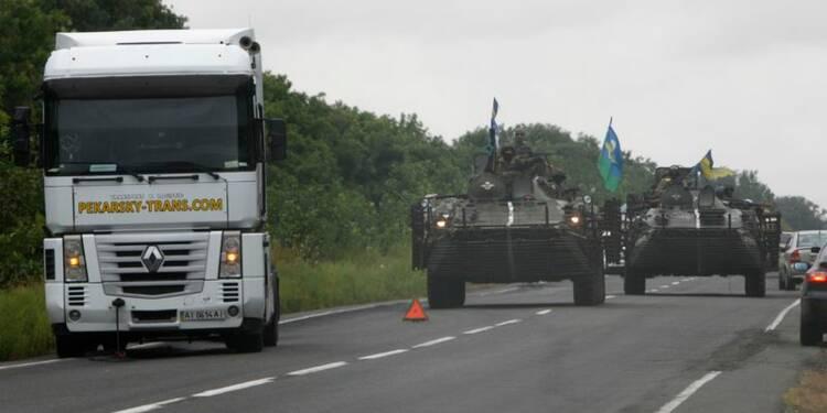 Kiev et les rebelles s'accusent de bombarder des civils