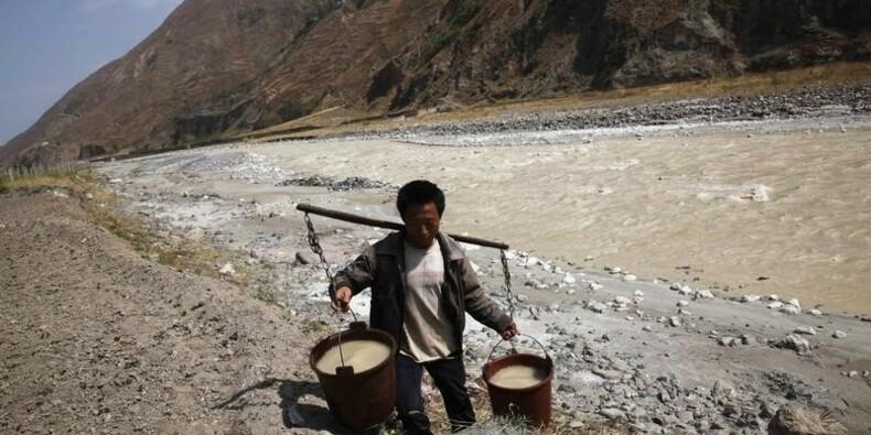 Environ 1,8 milliard de personnes utilisent de l'eau contaminée