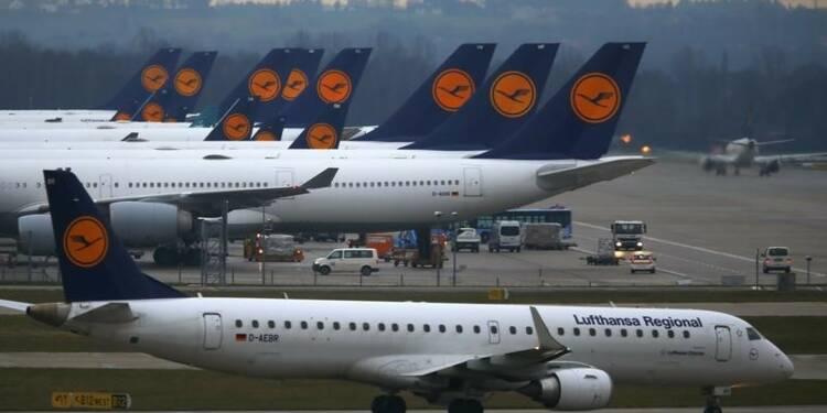 Lufthansa échange croissance et emploi contre baisse des coûts