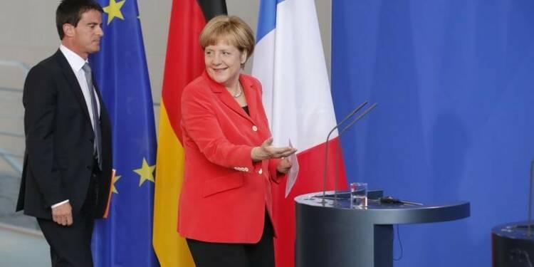 Soutien prudent d'Angela Merkel aux réformes de Manuel Valls