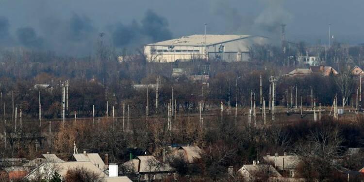 Violents tirs d'artillerie à Donetsk, dans l'est de l'Ukraine