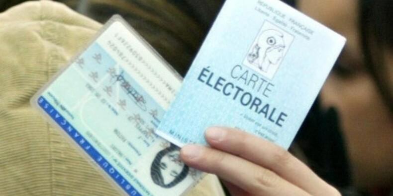 La France simplifie ses procédures pour les étrangers