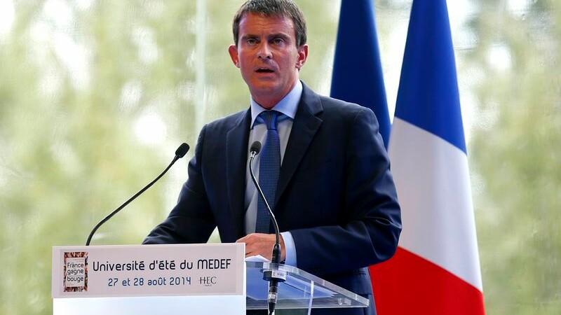 Au Medef, Valls prône l'union entre exécutif et entreprises