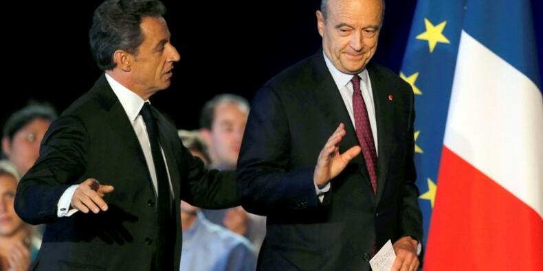 Juppé nettement devant Sarkozy comme le candidat UMP pour 2017