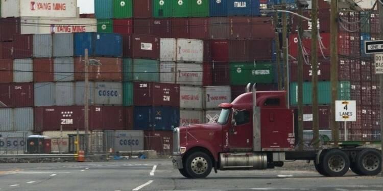 Le déficit commercial américain à son plus bas niveau en sept mois