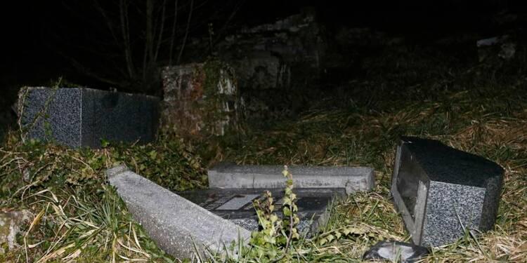 Plus de 200 tombes profanées dans un cimetière juif en Alsace