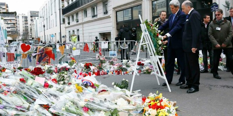 John Kerry présente ses condoléances à la France