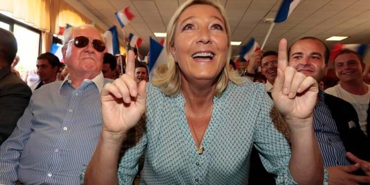Marine Le Pen réclame à nouveau une dissolution