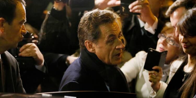 Sarkozy élu à la tête de l'UMP, loin du plébiscite espéré