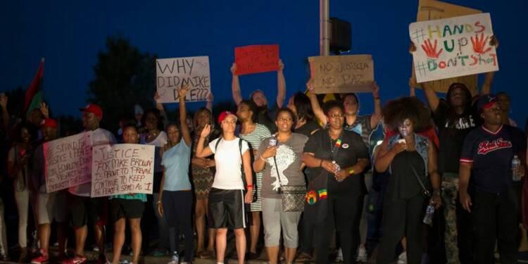 Gestes d'apaisement après les manifestations à Ferguson, aux USA