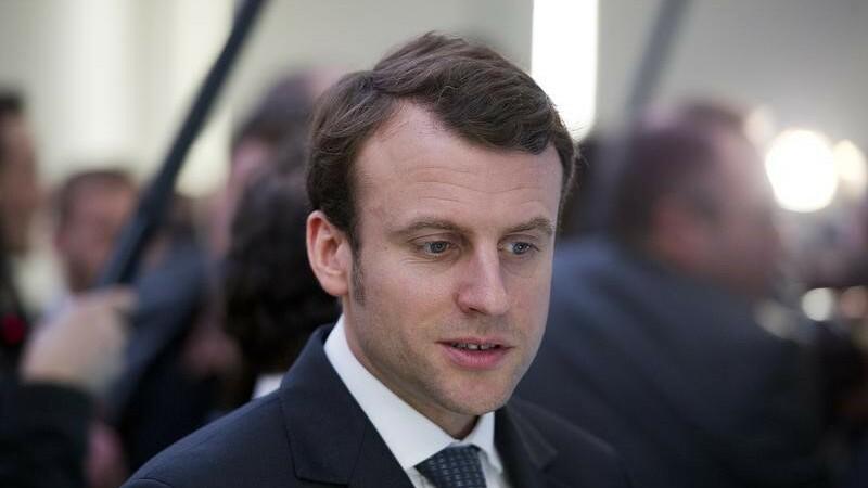 Emmanuel Macron, nomination surprise à l'Èconomie
