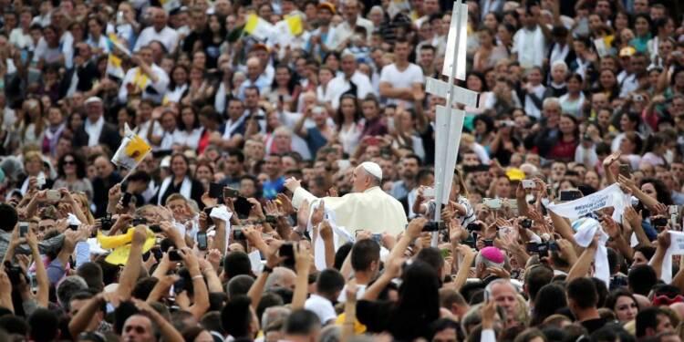 Le pape dénonce l'extrémisme religieux