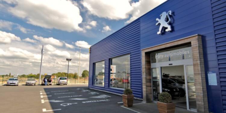 Le titre Peugeot accentue ses pertes hebdomadaires, GM sort du capital