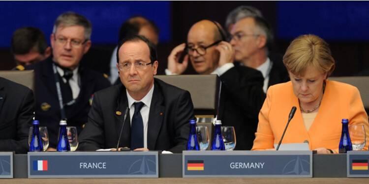 Hollande demande à Berlin de faire plus pour la croissance