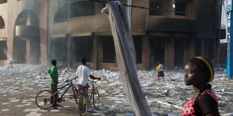 Le chef de l'armée du Burkina Faso se proclame chef de l'Etat