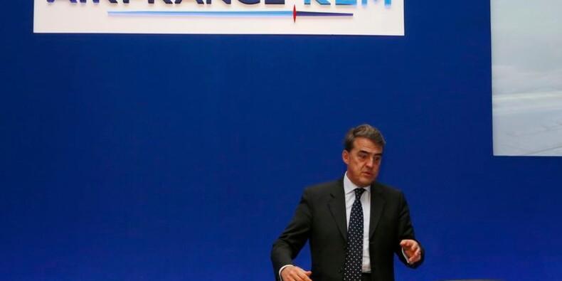 Air France-KLM devrait dégager des profits en 2015, dit son PDG