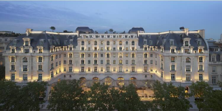 """Les chiffres fous du nouveau palace parisien """"Peninsula"""""""