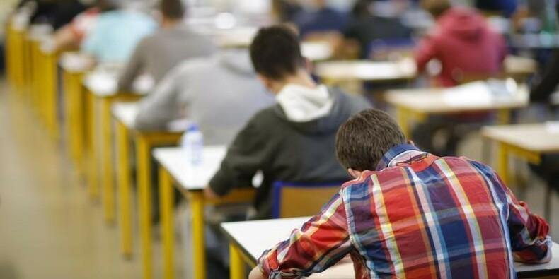 Manuel Valls débloque 50 millions contre le décrochage scolaire