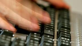 """Les """"sans-dents"""" de Hollande envahissent les réseaux sociaux"""