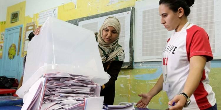 Les laïcs de Nidaa Tounes seraient en tête en Tunisie
