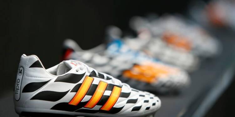Manchester United signe un contrat record avec Adidas