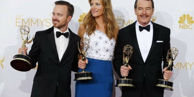 """Breaking Bad"" triomphe aux Emmy Awards"