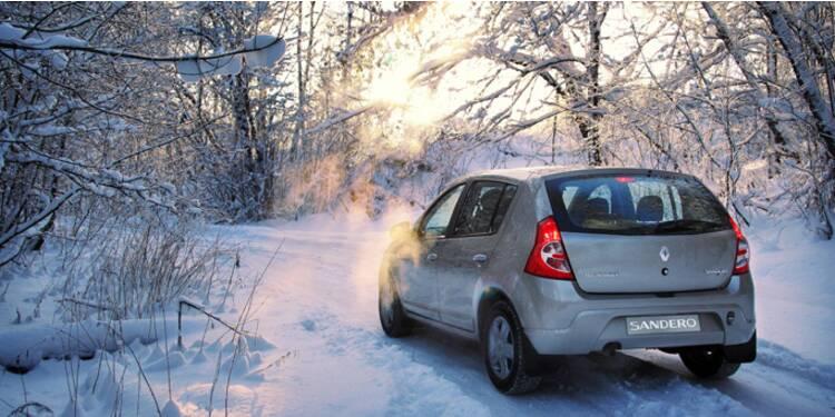 Les actions Peugeot et Renault dans le rouge après des prévisions décevantes pour 2015