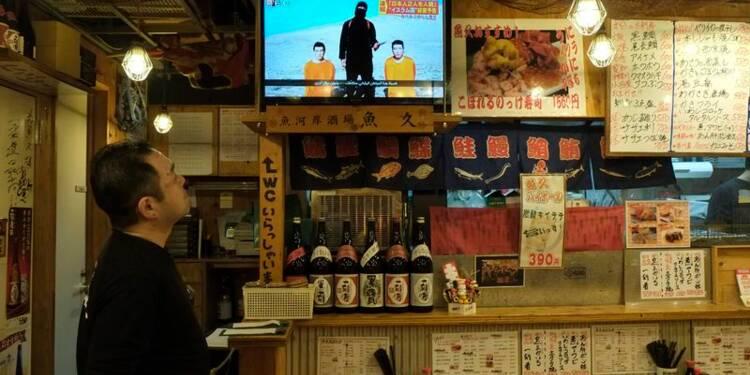 Le groupe EI menace deux otages japonais dans une vidéo