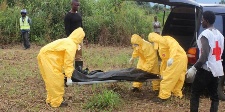 Plus de 10.000 cas de contamination par Ebola, selon l'OMS