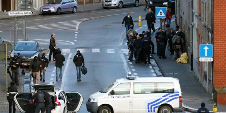 La police belge prend d'assaut un appartement à Gand
