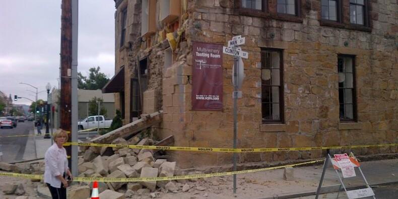 Un séisme fait plusieurs dizaines de blessés en Californie