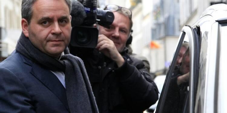 """""""Prenez le pouvoir ou partez"""", dit Xavier Bertrand à Manuel Valls"""