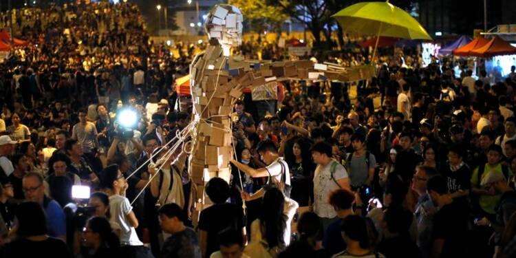 A Hong Kong, les manifestants convergent vers le centre financier