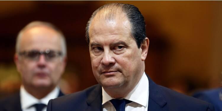 Cambadélis juge inévitable d'abandonner l'objectif de déficit à 3%