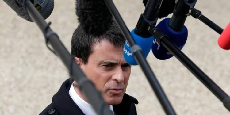 Valls tend la main aux frondeurs avant leur réception à l'Elysée