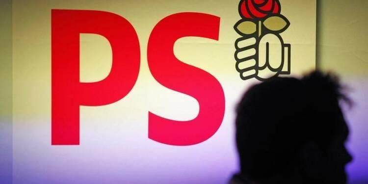 """Le PS rappelle les """"frondeurs"""" à l'ordre sans les sanctionner"""
