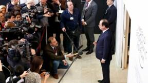 Hollande salue la BCE et promet de poursuivre les réformes