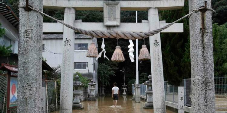 Vingt-sept morts dans des glissements de terrain au Japon