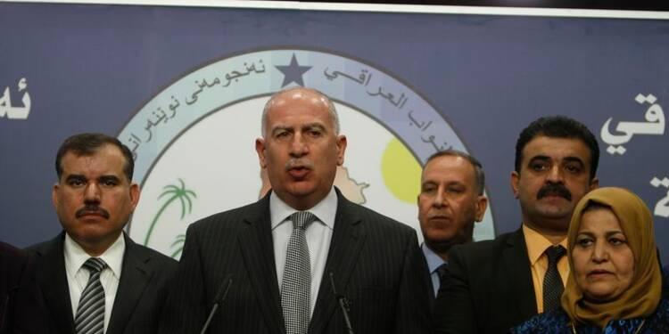 Blocage au Parlement irakien, combats au nord de Bagdad